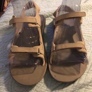 Columbia tan sandals size 9